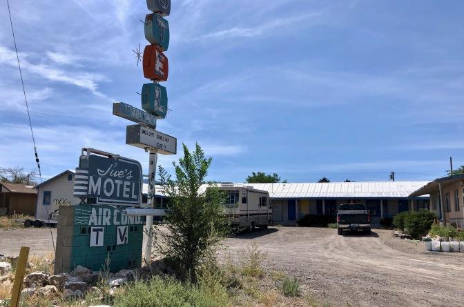 3 Sue's Motel