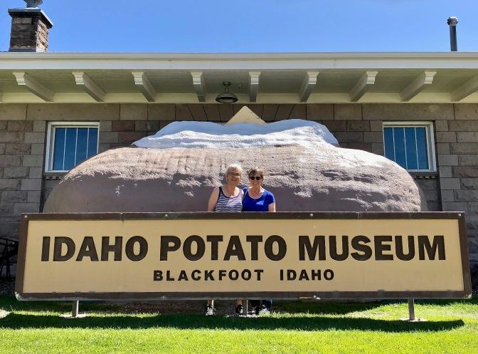 6 Potato Museum Sign